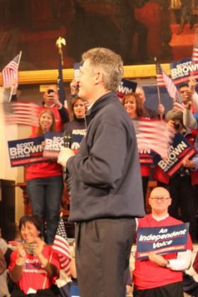 Sen. Scott Brown addressing supporters at Faneuil Hall on Nov. 4