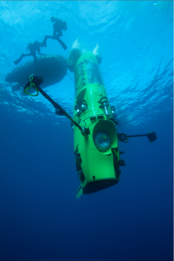 The Deepsea Challenger submarine dives vertically, like a torpedo.
