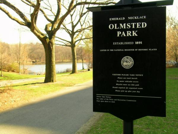 Olmsted Park, part of the Emerald Necklace in Boston designed by Frederick Law Olmsted. Larry Hott talked to Jim and Margery about his new documentary about Olmsted.