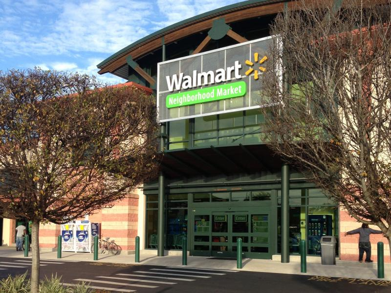 A Walmart Neighborhood Market recently opened in a space once occupied by Sweetbay in Midtown St. Petersburg.