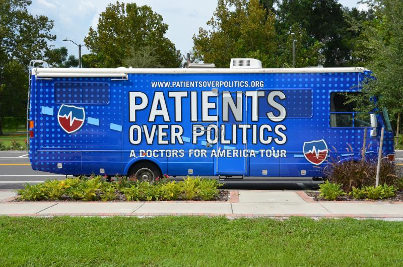 Doctors for America bus