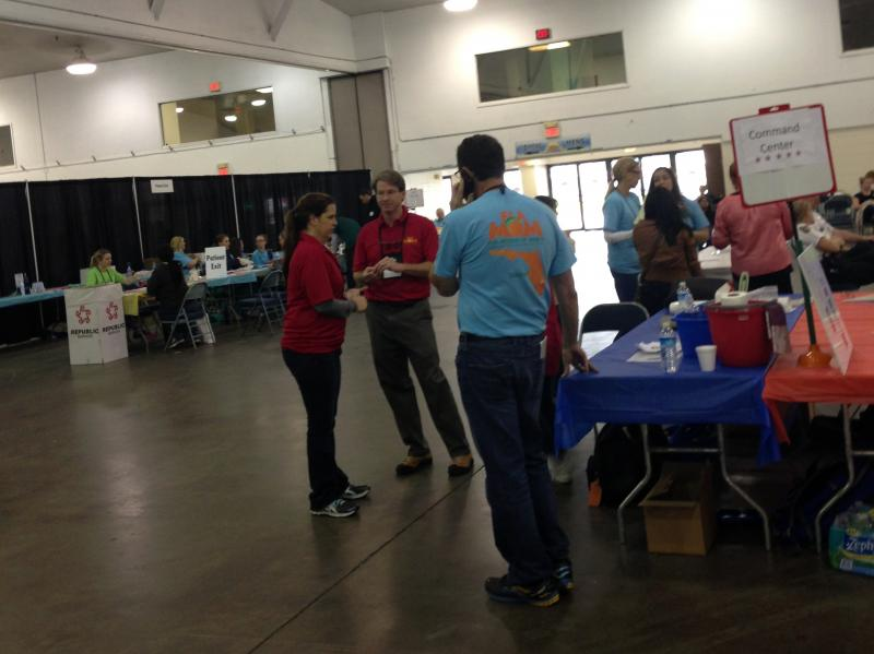 Volunteers at the Florida State Fairgrounds on March 28.