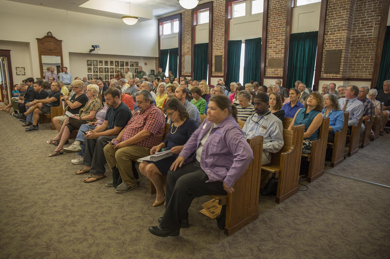 Pasco residents fill the Pasco County Courthouse in Dade for a Board of County Commissioners meeting.