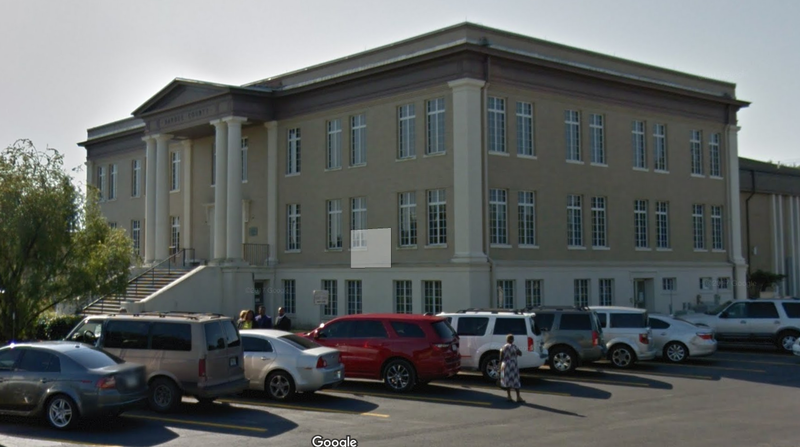 Workers at the Hardee County Courthouse complained of scratchy throats and itchy skin last week.