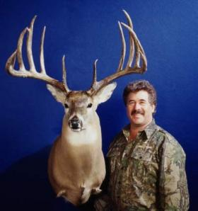 Milo Hanson and his world record typical whitetail