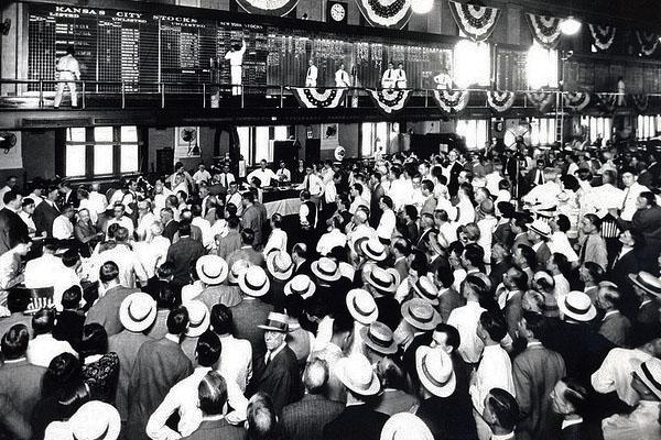 Kansas City Board of Trade trading floor circa 1930s