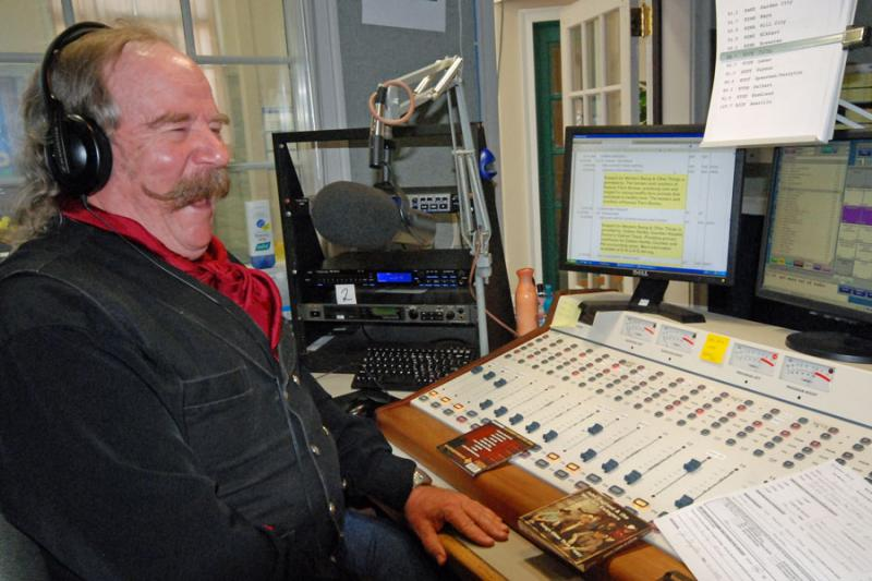 Allen takes delight at hearing from a listener who called their pledge of support.  Last Saturday Allen and Western Swing celebrated 25 years on the air at HPPR.