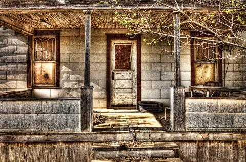 Photographer Randy Waln used a form of digital photography to document his family's decaying farmstead.