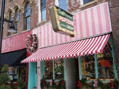 Del's Popcorn, decked out for the holidays, first opened in downtown Decatur, Ill. in 1934.