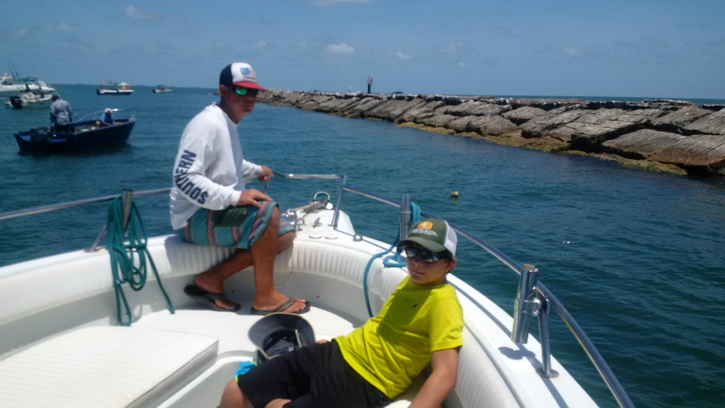 Fishing with the grandsons in galveston bay hppr for Galveston jetty fishing report
