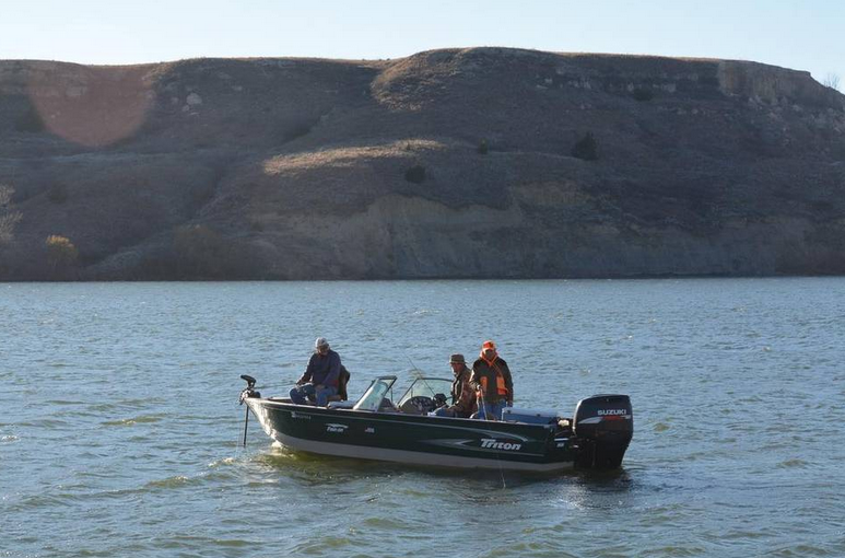 Clark state fishing lake a hidden gem in western kansas for Kansas city star fishing report