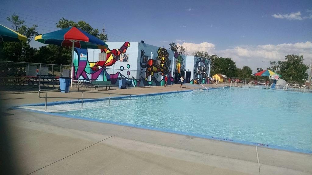 Big pool 39 s big mural featured in time lapse video hppr for Big swimming pools for gardens
