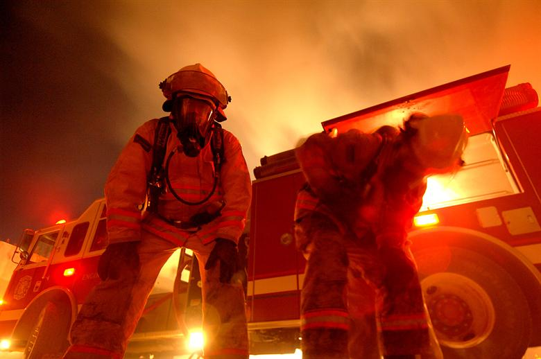 """Oklahoma Rhea Fire Grows To 400000 Acres As National Guard Is Deployed"""""""