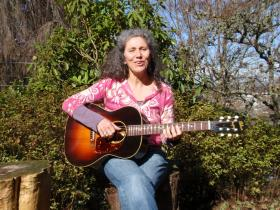 """Portland musician Lauren Sheehan recorded a dozen classic songs on vintage Gibson """"Banner"""" guitars like this one."""
