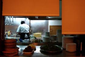 fast food, kitchen, minimum wage