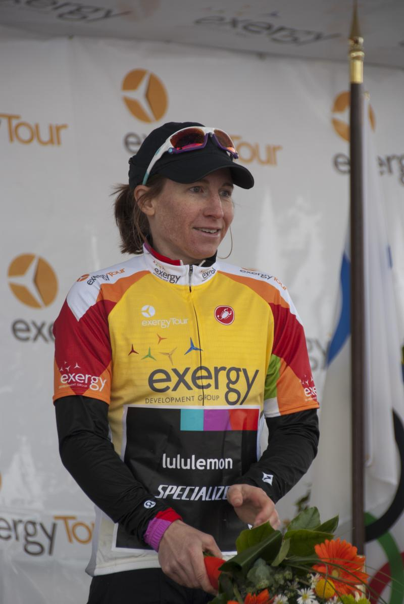 American Amber Neben wears the leader's jersey heading into Monday's final stage.