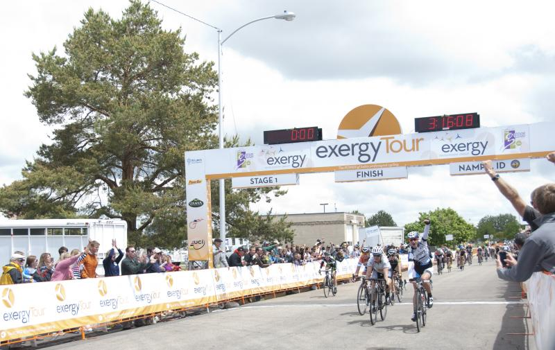 Theresa Cliff-Ryan wins the first stage of the Exergy Tour.