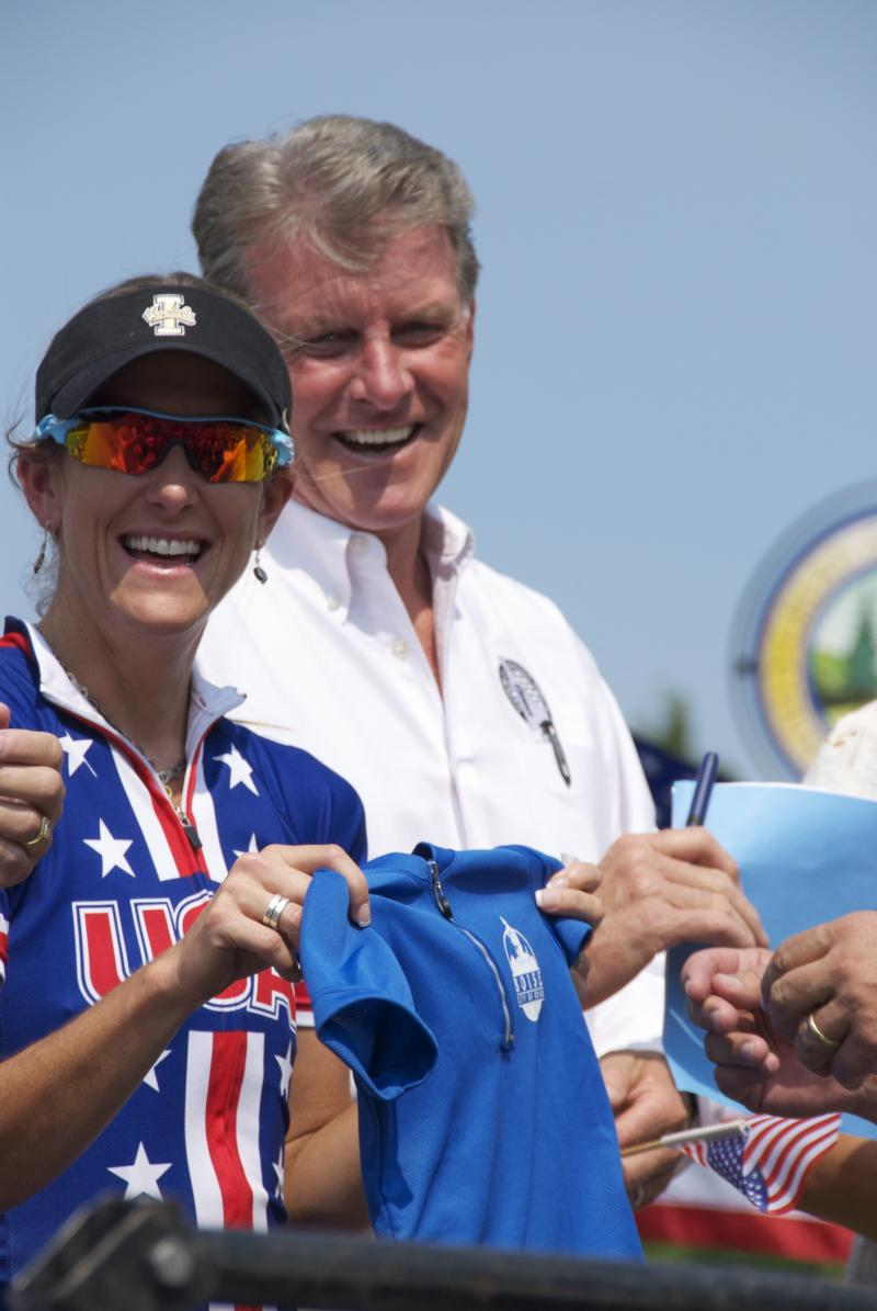 """Kristin Armstrong holds up the jersey Mayor David Bieter gave to her nearly two year old son Lucas. On the back, it reads """"Honorary Mayor."""""""