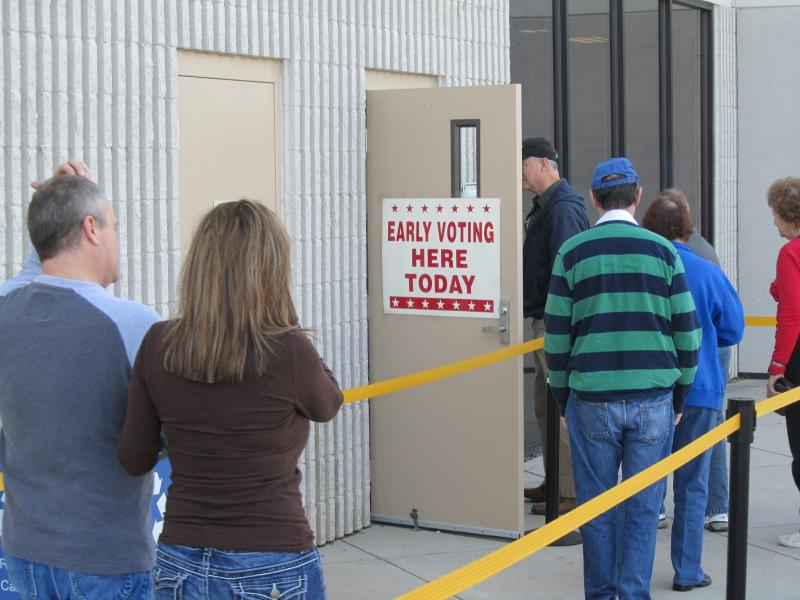 Voters line up to cast early ballots in Ada County
