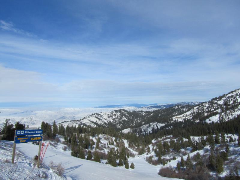 Bogus Basin has seen clear skies and nearly 50 degree weather, while the valley has been cloudy and colder in the last two weeks.
