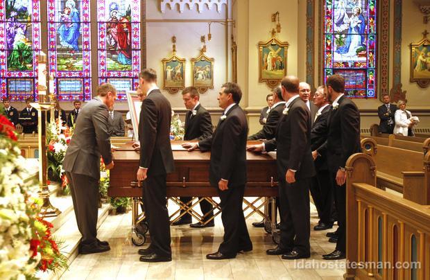 Cenarrusa, funeral