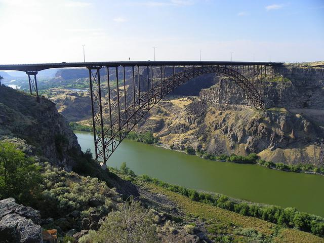 New Unofficial Record Set For Base Jumps Off Twin Falls Perrine