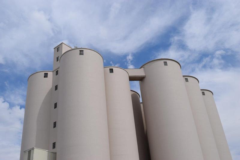 Amalgamated Sugar silos.
