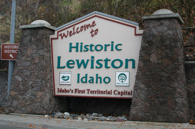 A sign marking Lewiston, Idaho's historical importance to the state.