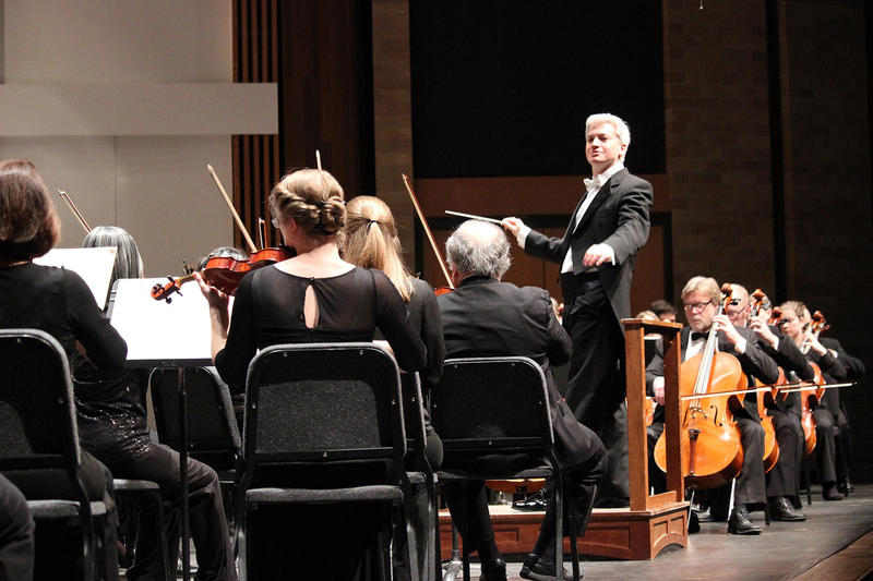 Music Director Eric Garcia, conducting for the Boise Philharmonic