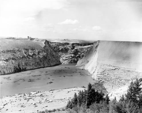 The remains of the Teton Dam from June 8, 1976. ITD Headquarters Collection (AR24). ITD_02278 Drawer 3 Box 2 Folder 53. Idaho State Archives.