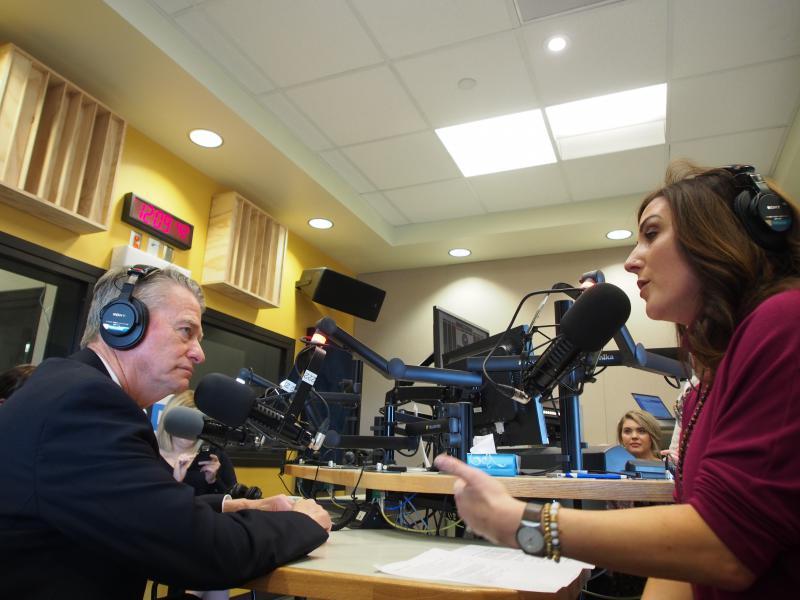 Idaho Governor-elect Brad Little talks with Gemma Gaudette.