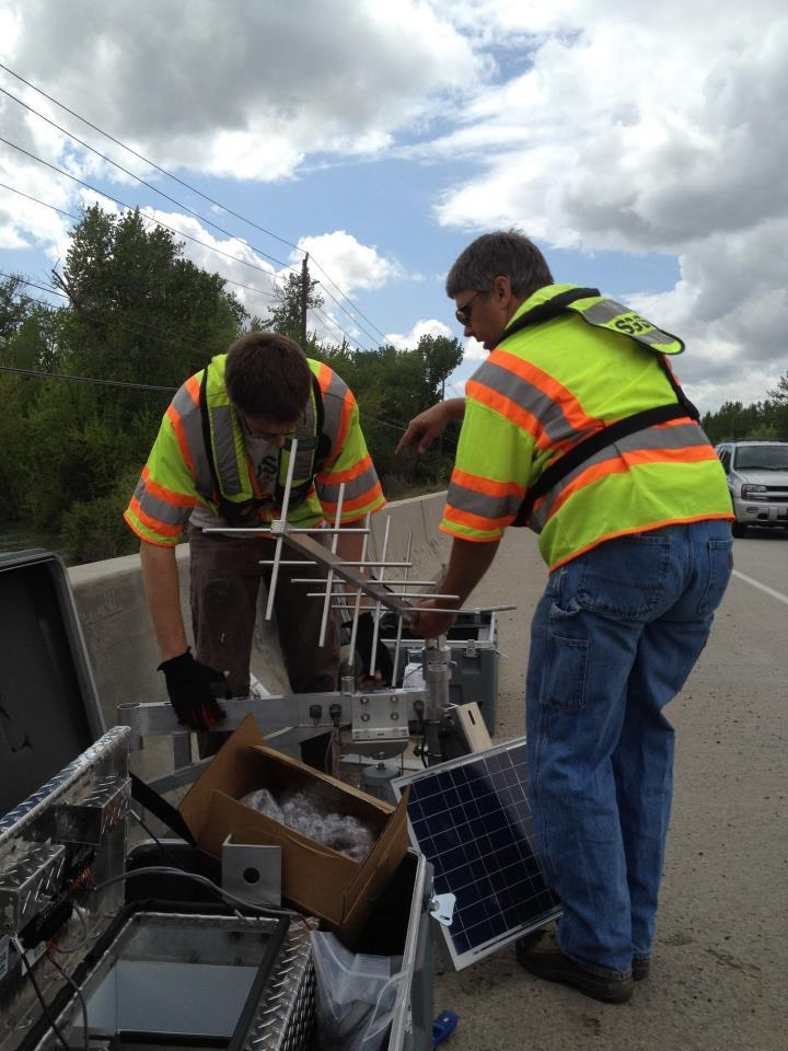 A USGS team gets ready to install a flood response streamgage at Eagle Road. Three of these gauges are going in on the Boise River.