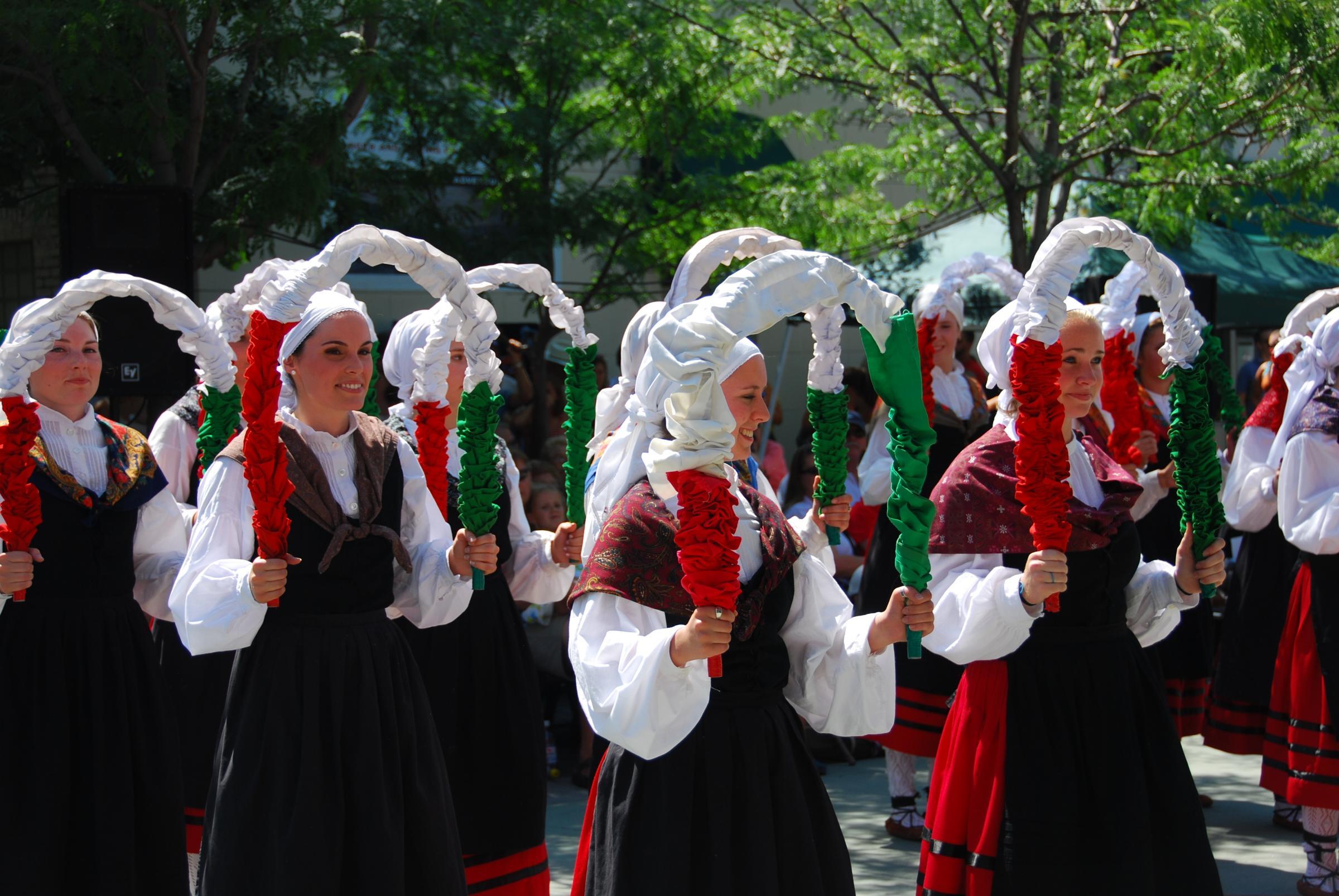 Pelota: Basque Sport Keeps Community Culturally Connected ...