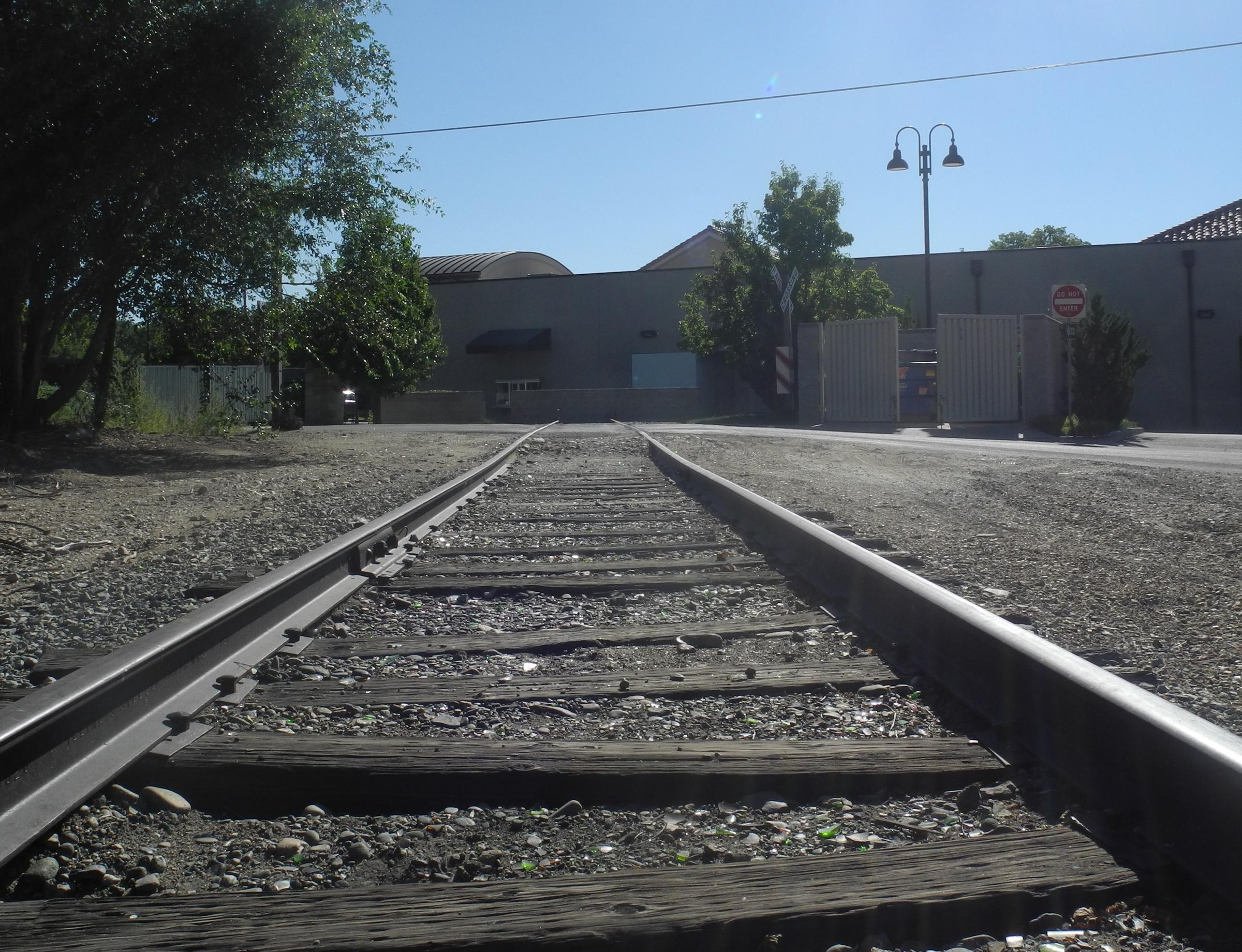 SPOTLIGHT: Why Working Train Tracks End At The Back Of A ...