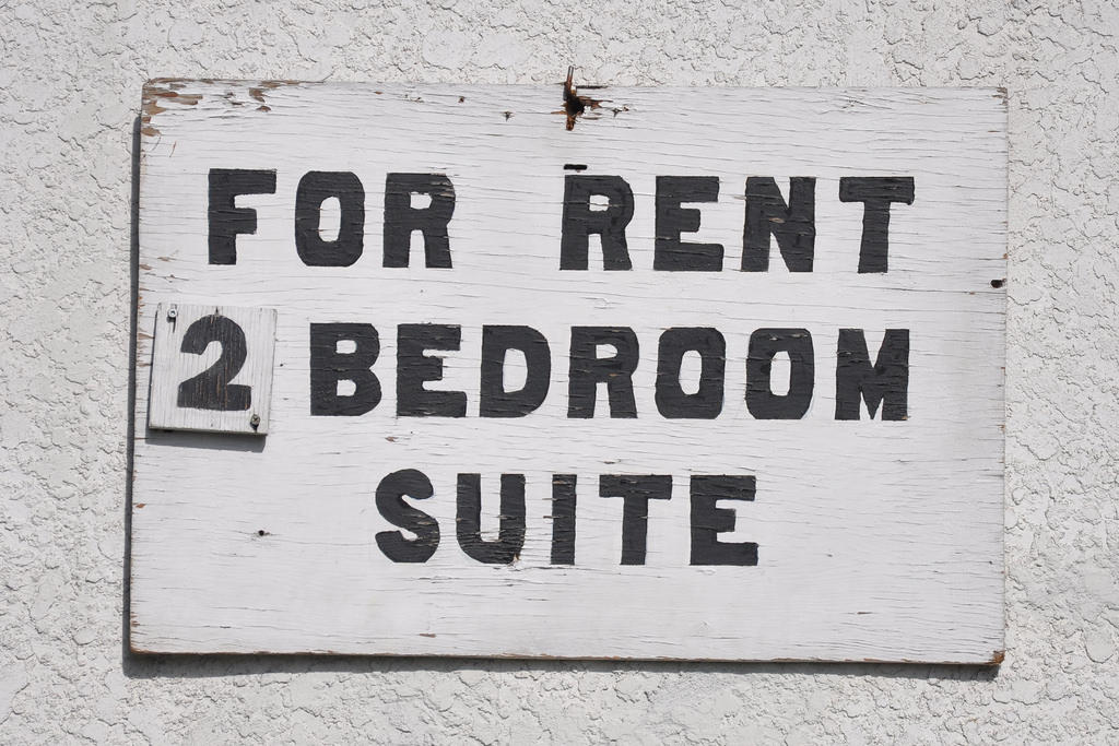 Average worker can't afford 2-bedroom apartment anywhere in USA, report says