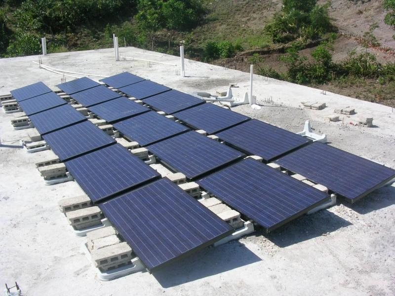Installed 4-kilowatt solar array at Grace School