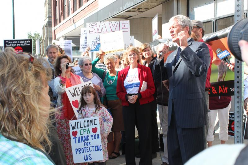 Binghamton Mayor Matt Ryan address protesters outside the Forum Theater, site of today's EPA hearing.