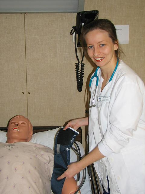 Nurses Will Need Four Year Degree Under New Bill