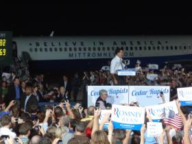 Governor Mitt Romney stumps in Cedar Rapids, Iowa.