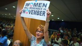 Women campaign for Obama