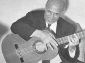 Special guest Carlos Montoya performed with the Des Moines Symphony in 1965.