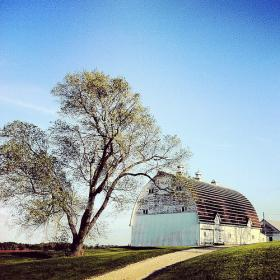 Barn near Cedar Falls, photographed by Jason Weinberger, music director of the Waterloo-Cedar Falls Symphony Orchestra