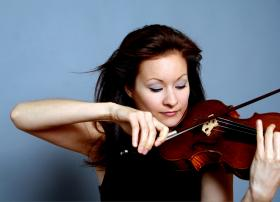 Arabella Steinbacher playing her Stradivarius