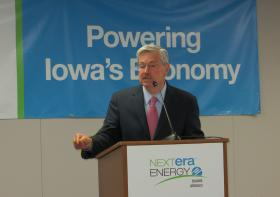 Governor Branstad at Nuclear Plant