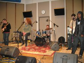 The Digital Wild perform on IPR's Studio One.