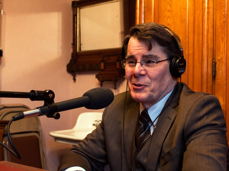 Iowa Senate Majority Leader Mike Gronstal (D) is a guest on River to River in the Capitol's law library.