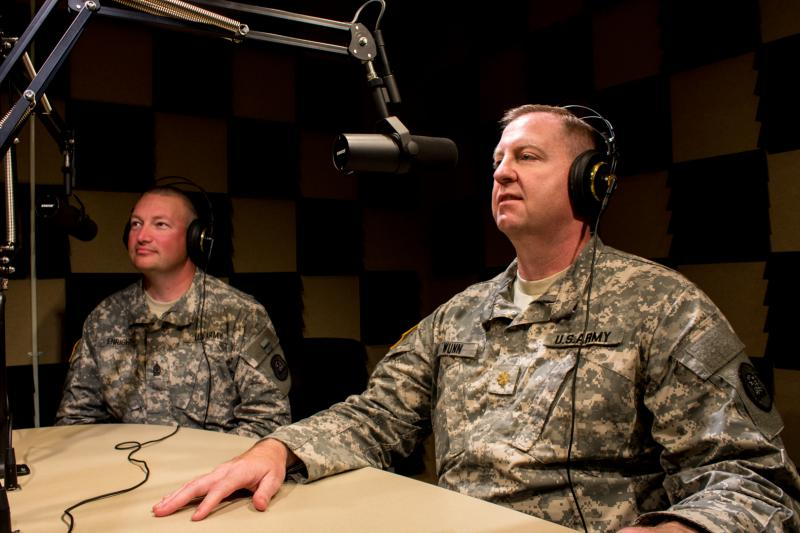 Sergeant Major David Enright (left) and Major Mike Wunn (right)