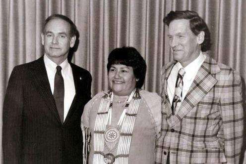 Iowa Governor Robert Ray is pictured with Maria Pearson and her husband John.