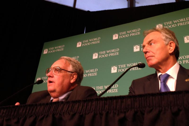 Farmer and Philanthropist Howard Buffett and Former British Prime Minister Tony Blair take questions from the media.