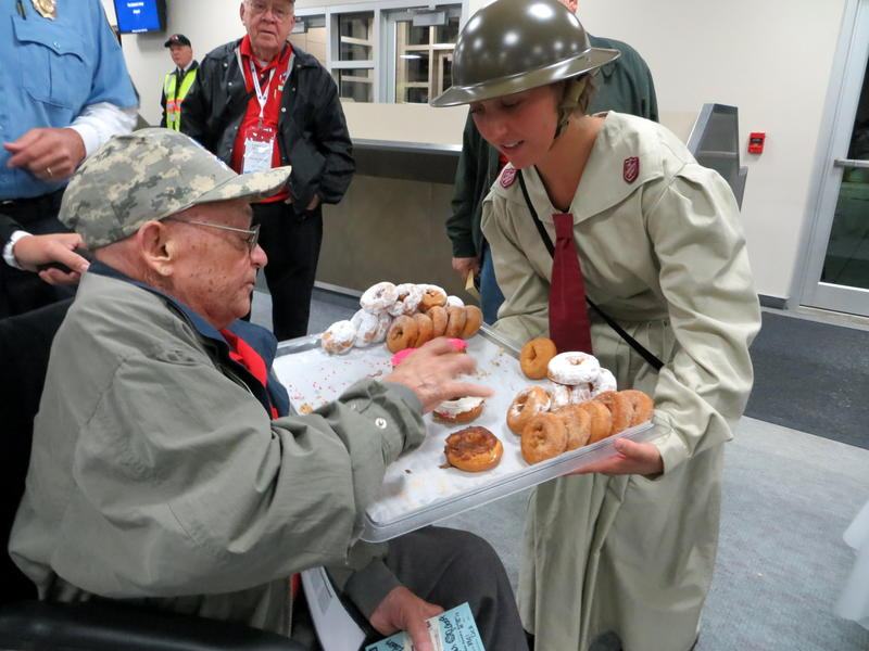Veterans had a bite to eat before their direct flight to D.C.